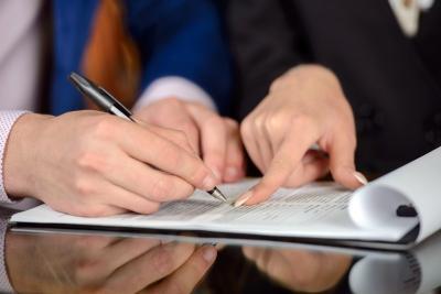 Avocat droit des contrats Paris 9